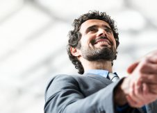 """The 6 """"BEs"""" of becoming a confident salesperson"""