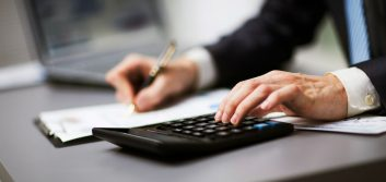 Credit unions beat banks in financial advisor revenue