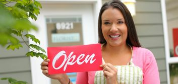 Loan Zone: Relationship versus tech delivery in small business lending