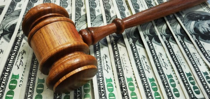 Former credit union COO pleads guilty to embezzlement