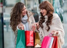 Holiday shopping safety tips to share with your members