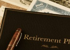 Engage employees through targeted retirement plan communications