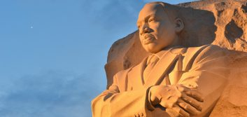 MLK Day designs and 10 New Year's resolutions for your social media accounts