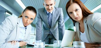 Micromanagers: 3 reasons your employees dislike you