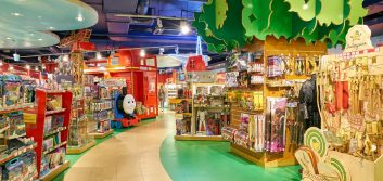 What toy stores can tell banks about AI's influence on future customer expectations