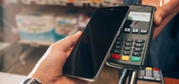 Savvy online retailers add connected consumer-friendly payment options