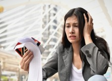 3 money mistakes women can't afford