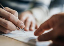 5 things to consider before signing a vendor contract