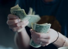 How to stay away from debt in 2020