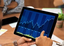 Increasing non-interest income: 3 ways analytics can help