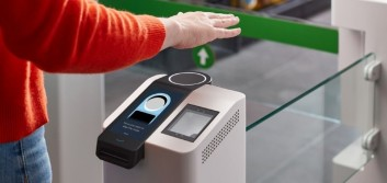 Amazon rolling out contactless payment device, Amazon One