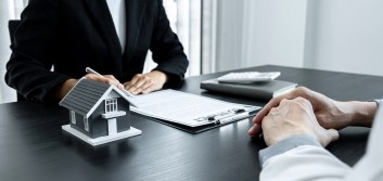 Mortgage hedging in the secondary market: Hedging with securities