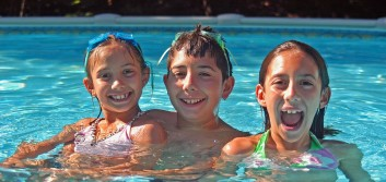 3 inexpensive ways to get your kids out of the house this summer