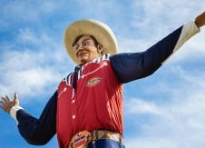 They grow 'em big down in Texas – FOMs that is