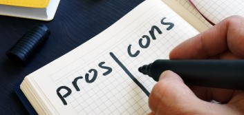 The pros and cons of direct mail campaigns for financial institutions